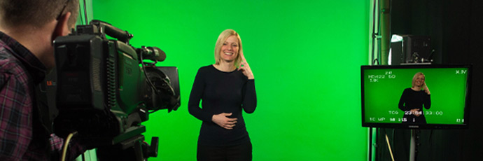 Behind the scenes in green screen studio